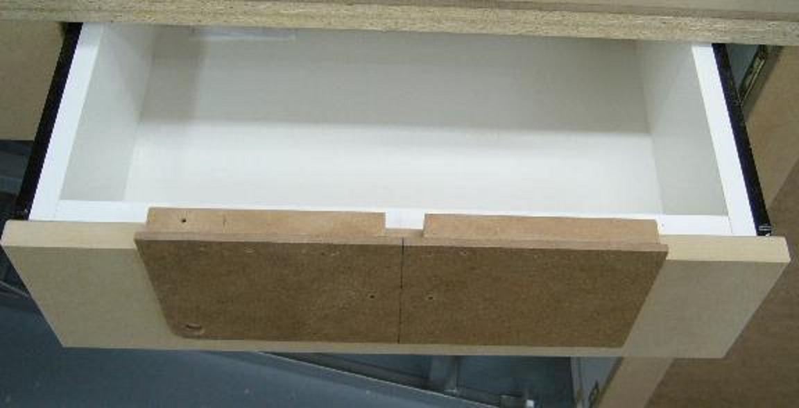 gabarit de per age de poign es de tiroirs drawer pull. Black Bedroom Furniture Sets. Home Design Ideas