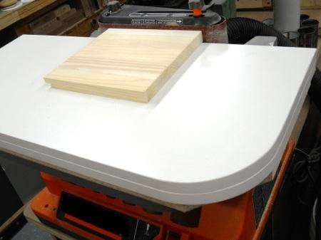 Sanding Belt Maximizing Sub-Tables / Plateaux pour maximiser les bandes abrasives