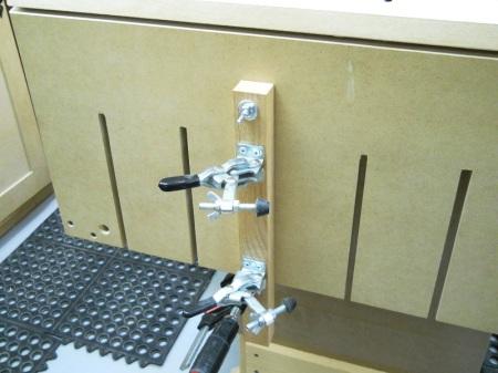 Tilting Router Jig / Gabarit inclinable pour toupie (défonceuse)