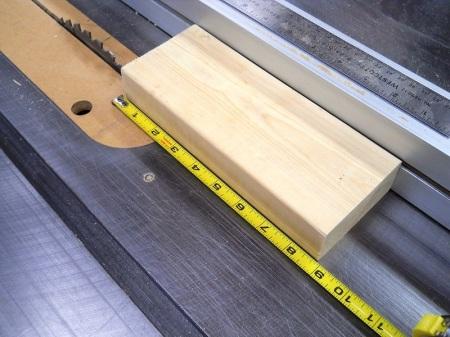Dowel Cutting Jig / Gabarit pour couper les goujons (tourillons)